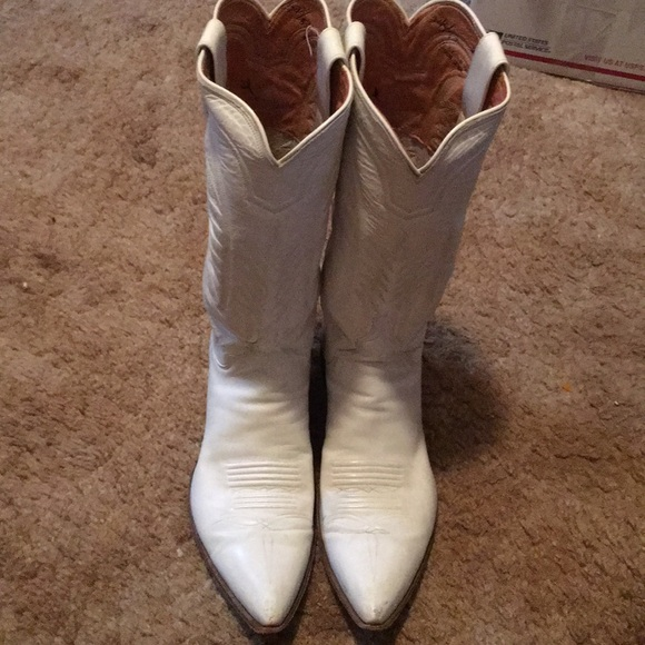 b4e3d60e1d4 White vintage M.L.L.Leddy cowboy boots
